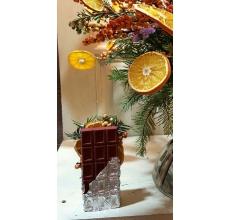 Мини-объект флориста - шоколадка. (не съедобно) Состав: пихта, фольга, гипс, сухофрукты, илекс.