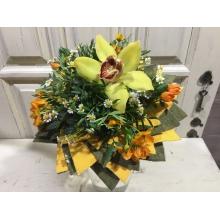 букет цветов орхидеи ромашки