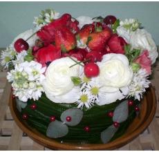 Настольная композиция - цветочный десерт